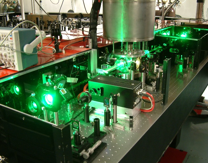 Laser laboratory - showing Prof Alan Knight's research area